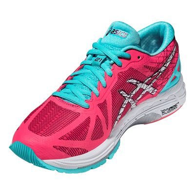 Asics Gel-DS Trainer 21 Ladies Running Shoes Angle View