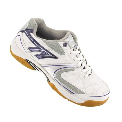 Hi-Tec M106 Ladies Indoor Court Shoes Angle View