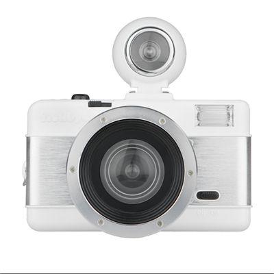 Lomography Fisheye 2 White Knight Camera