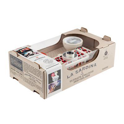 Lomography La Sardina Cubic Camera with Flash - box