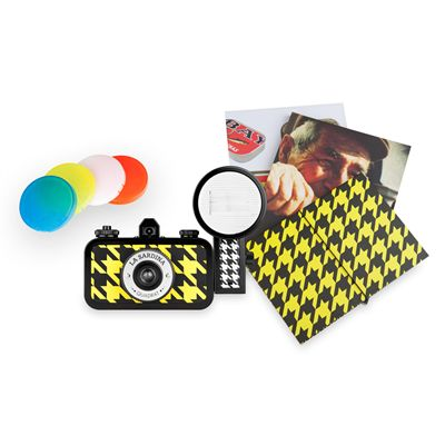 Lomography La Sardina Quadrat Camera with Flash - photos