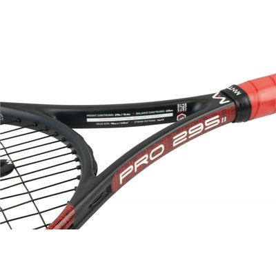Mantis Pro 295 II Tennis Racket - Closeup