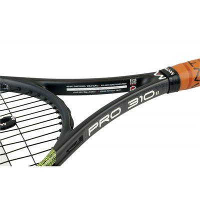 Mantis Pro 310 II Tennis Racket - Closeup