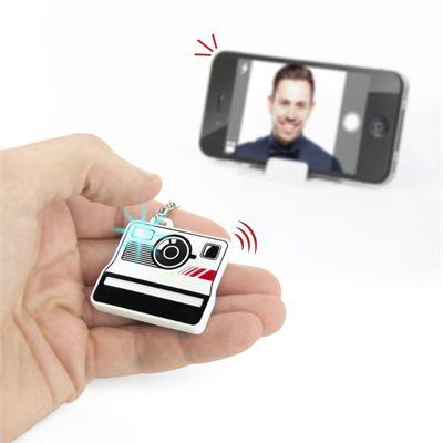 Mustard Selfieme Bluetooth Remote Photo Shutter-In Use