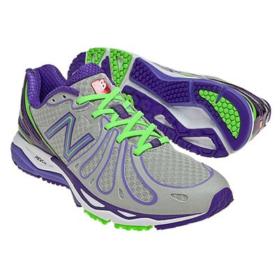 New Balance W890V3 Womens Running Shoes Pair