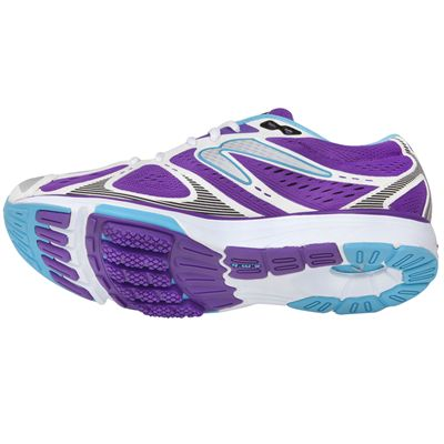 Newton Kismet Stability Ladies Running Shoes Tilt Angle