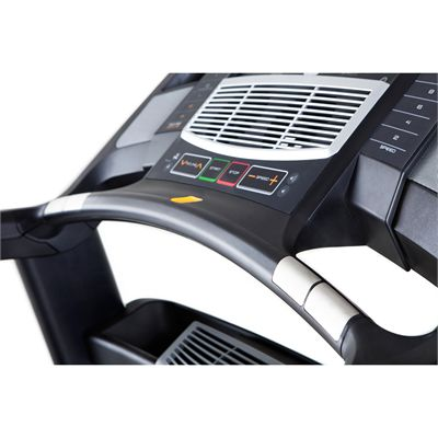NordicTrack Elite 2500 Treadmill - Handle View