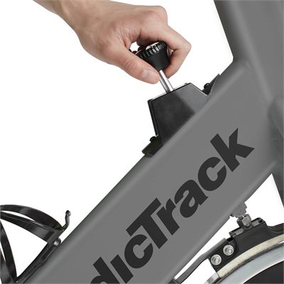 NordicTrack GX 3.9 Sport Indoor Cycle - Adjustments