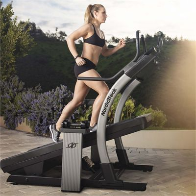 NordicTrack X9i Incline Trainer 2018 - Lifestyle