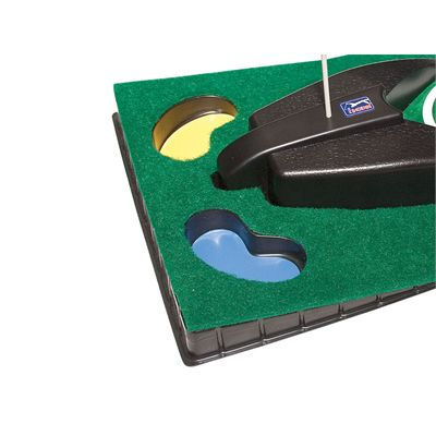 PGA Tour 6ft Automatic Ball Return Putting Mat - Close View