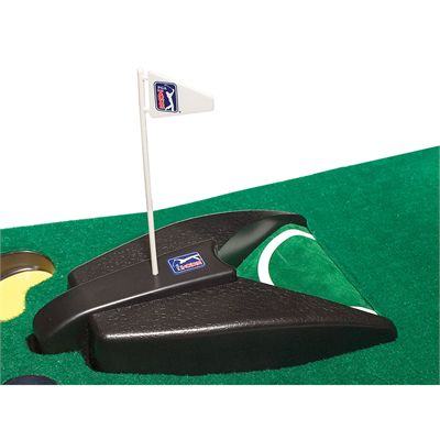PGA Tour 6ft Automatic Ball Return Putting Mat - Image