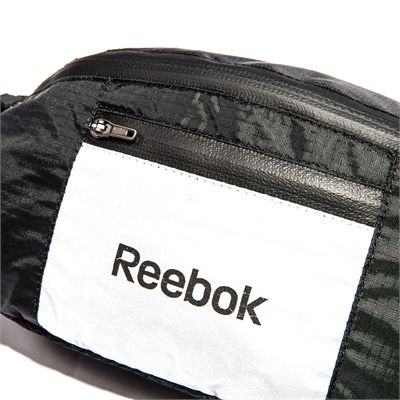 Reebok Storage Running Belt - Close View