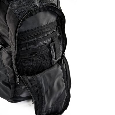 Salming RunPack 18L Backpack-Pockets