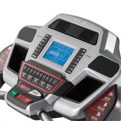 Sole F80 Treadmill - display