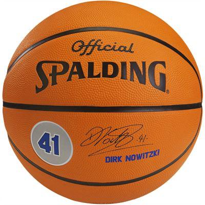 Spalding Dirk Nowitzki BasketballSpalding Dirk Nowitzki Basketball
