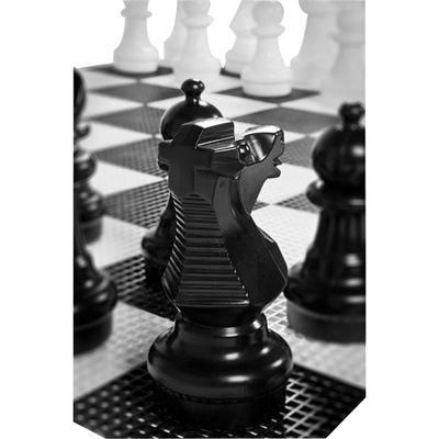 Uber Games Garden Chess Close View