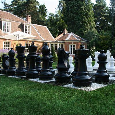 Uber Games Garden Chess closer view