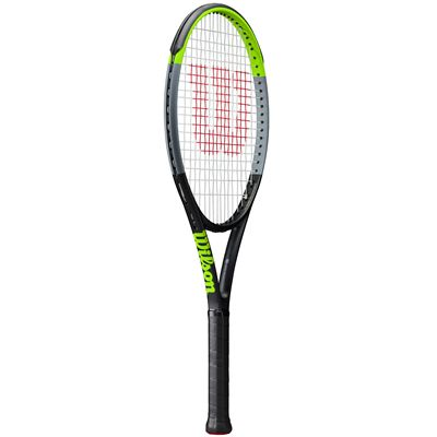 Wilson Blade 26 v7 Junior Tennis Racket - Angle
