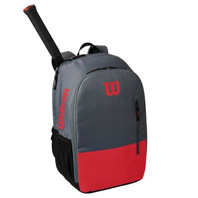 Wilson Team Backpack SS21 - Red In use