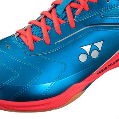Yonex Power Cushion 65 Wide Badminton Shoes-close