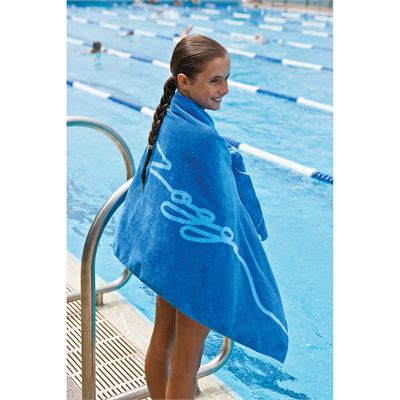 Zoggs Osprey Towel In Use